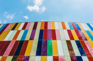 Как цвета и оттенки могут влиять на наше настроение