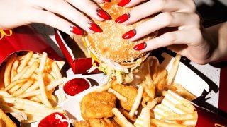 Психология голода: шесть причин, почему мы переедаем-320x180