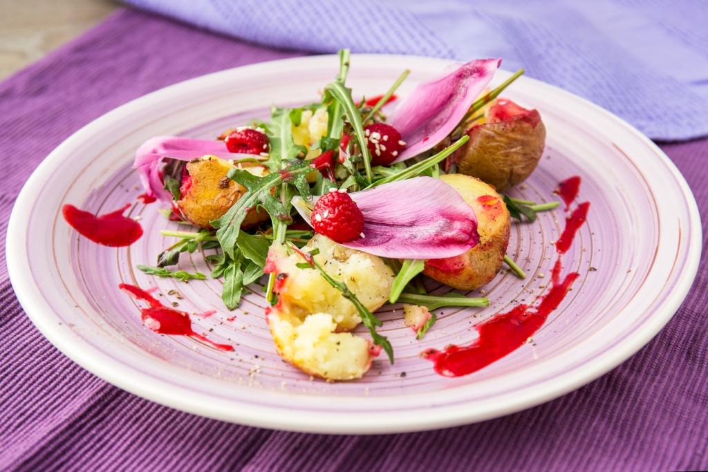 5 необычных летних салатов от Евгения Клопотенко-Фото 1