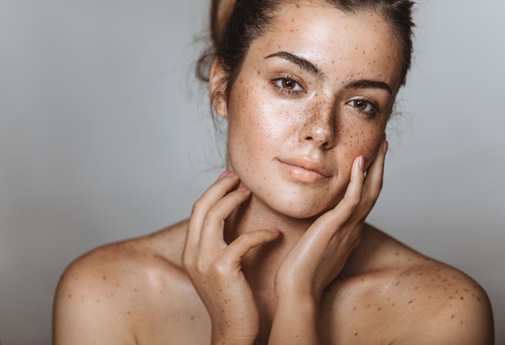 Что происходит с вашей кожей в 20, 30 и 40 лет-Фото 2