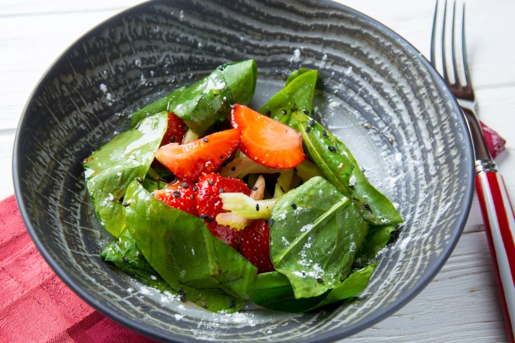 5 необычных летних салатов от Евгения Клопотенко-Фото 2