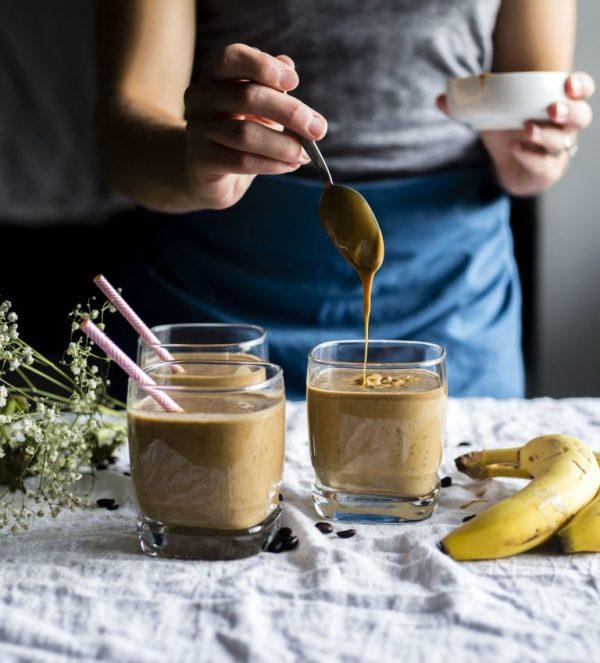 Какие ингредиенты добавить в смузи, чтобы сделать его питательным-Фото 1