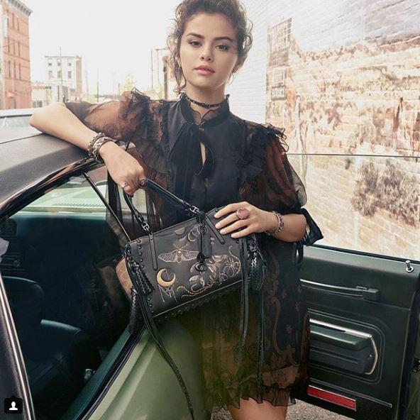 Селена Гомес снялась в рекламной кампании сумок Coach-Фото 1