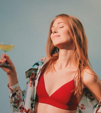 Как алкоголь влияет на женскую красоту-430x480