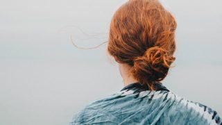 Ошибки с волосами, которые делают вас старше своего возраста-320x180