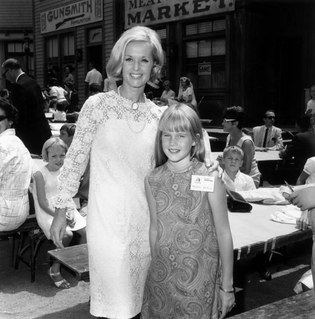 Типпи Хедрен с дочерью Мелани Гриффит фото
