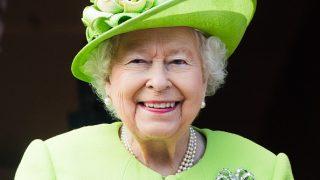 15 увлекательных фактов о королеве Елизавете, которых вы не знали-320x180
