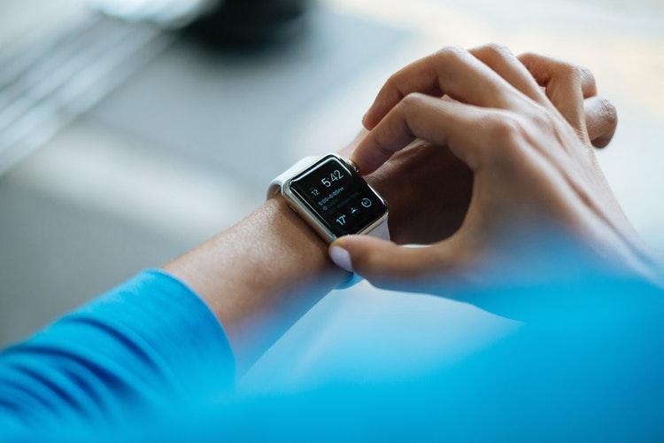 Говорят эксперты: стоит ли покупать фитнес-трекер-Фото 1