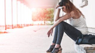 FOMO или синдром упущенной выгоды: что это такое, и как не попасться на его крючок-320x180