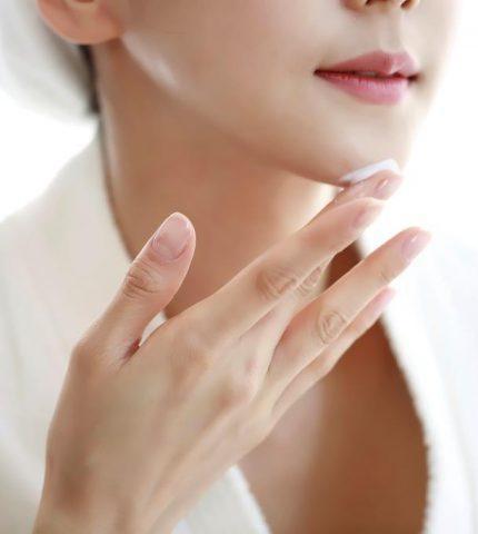 Какие ингредиенты в косметике важны в каждый возрастной период-430x480