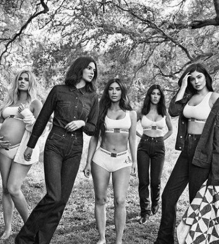 Calvin Klein презентовал осеннюю кампанию с сестрами Кардашьян-430x480