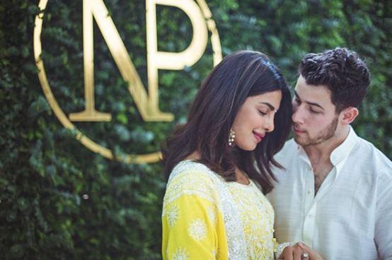 Ник Джонас и Приянка Чопра провели предсвадебную церемонию в Индии