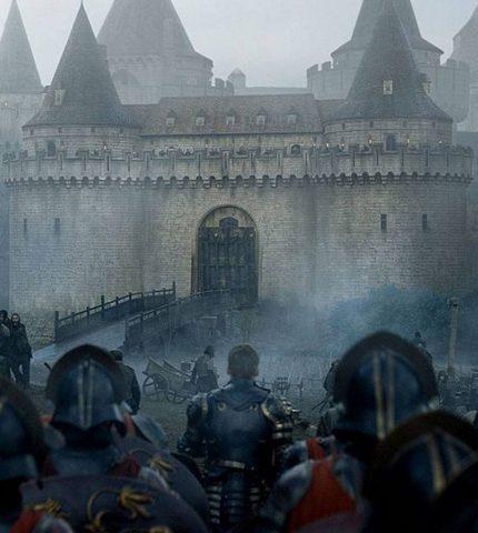 Замок из «Игры престолов» выставлен на продажу-430x480