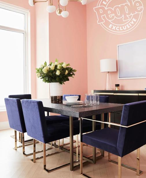 Как живут звезды: Эшли Бенсон показала свою квартиру в Нью-Йорке-Фото 2