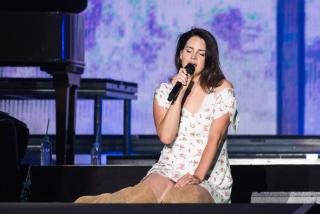 Лана Дель Рей анонсировала выход нового альбома