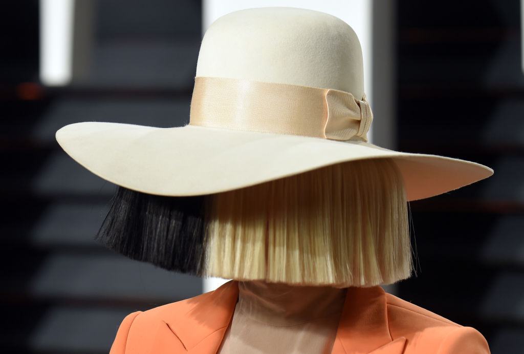 Sia отметила 8 лет трезвости-Фото 1