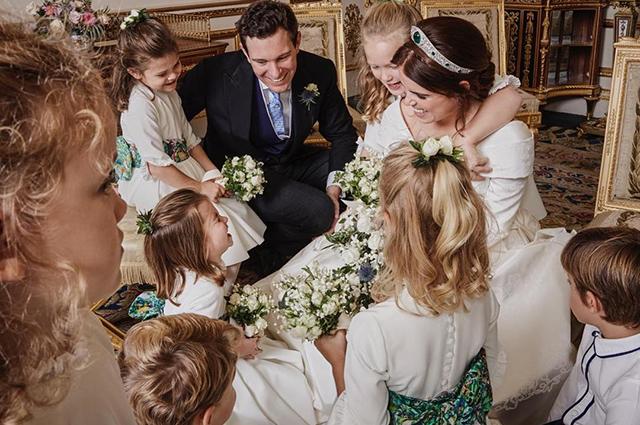 Принцесса Евгения поделилась милой фотографией со свадьбы-Фото 2