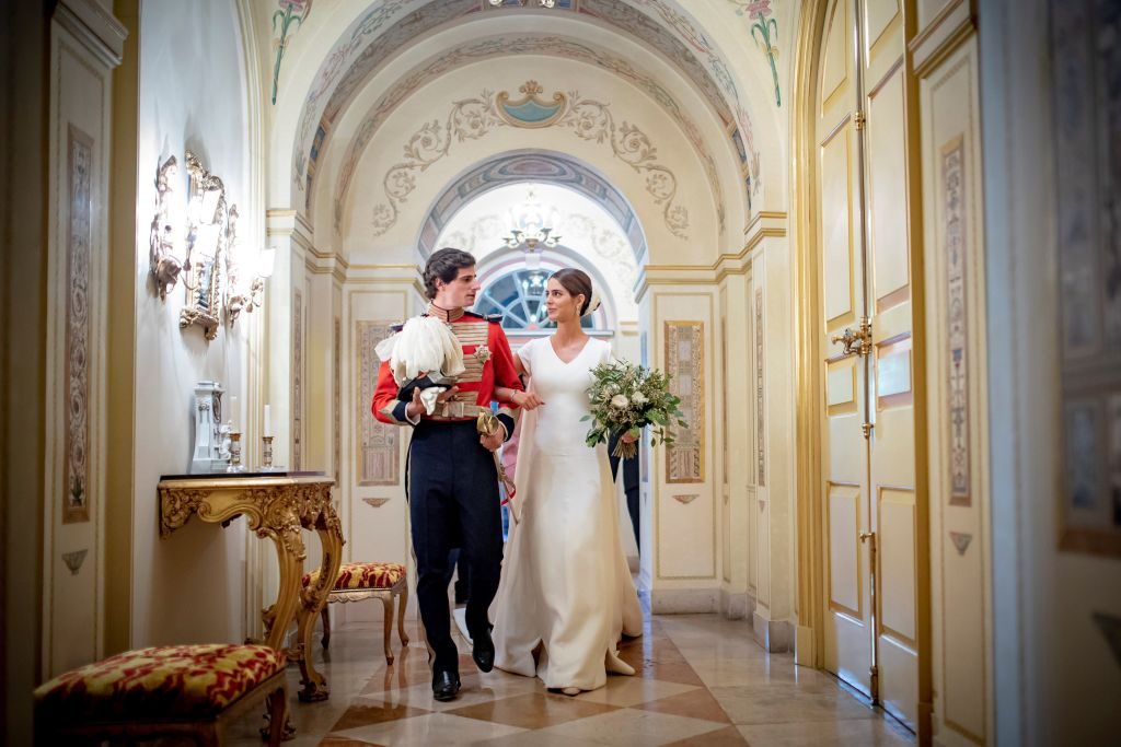 Испанский аристократ Фернандо Фитц-Джеймс женился на PR-менеджере-320x180