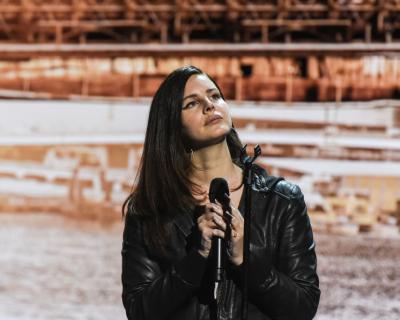 Лана Дель Рей презентовала новую песню-430x480