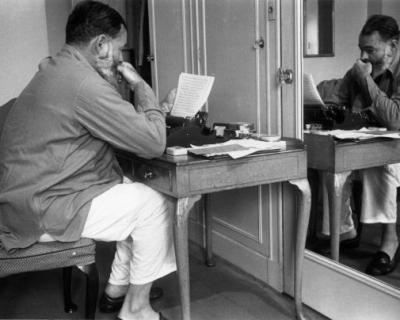 Два ранее неизданных рассказа Хемингуэя опубликуют в 2019 году-430x480