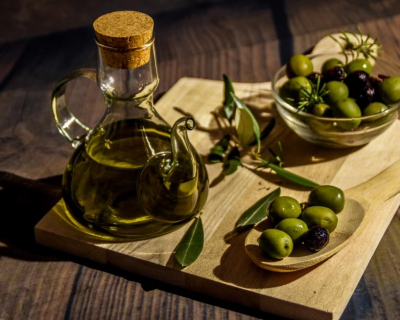 Правильный выбор: какое оливковое масло должно быть на вашей кухне?-430x480