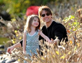 Стало известно, почему Том Круз не видится со своей дочкой