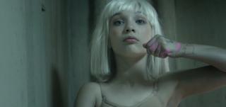 Sia сделала дорогой подарок девочке из ее клипов