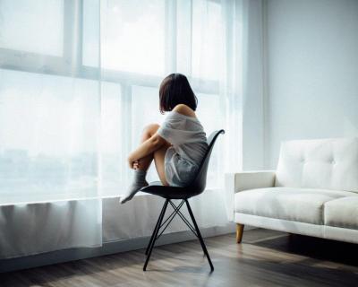 5 причин, почему вы не можете прийти в себя после расставания-430x480