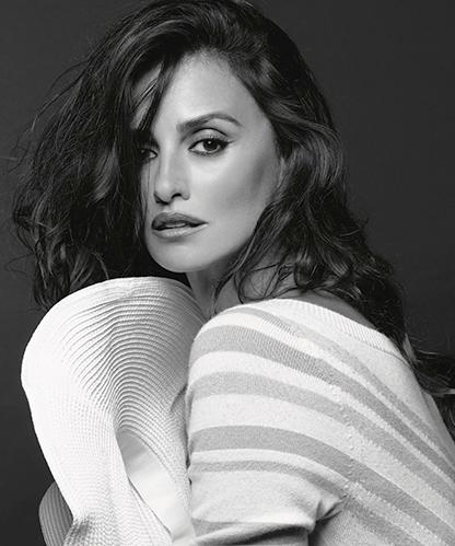 Пенелопа Крус снялась в рекламной кампании Chanel-320x180