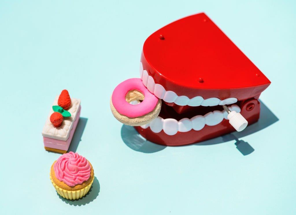 Стоп-лист: что не стоит делать со своими зубами-Фото 1