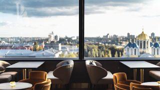 Новый руфтоп-бар и ресторан в киевском отеле 11 Mirrors-320x180