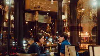 Как знакомиться и вести себя на свидании: 7 советов для интровертов-320x180