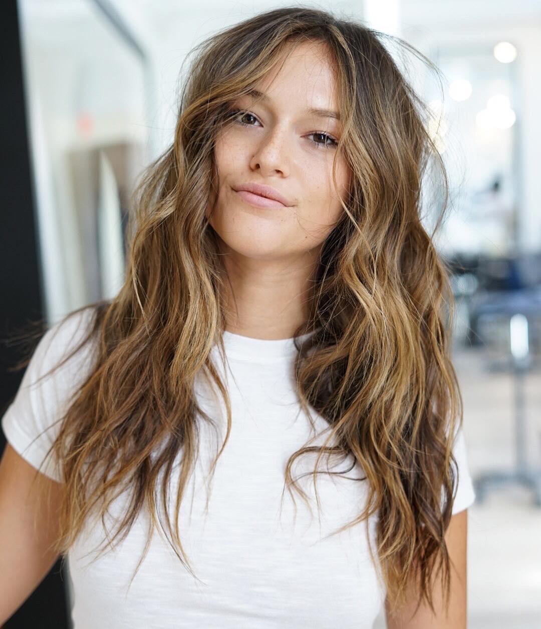 8 простых и красивых причесок на длинные волосы-Фото 6