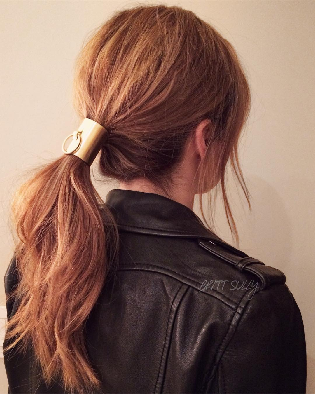 8 простых и красивых причесок на длинные волосы-Фото 1