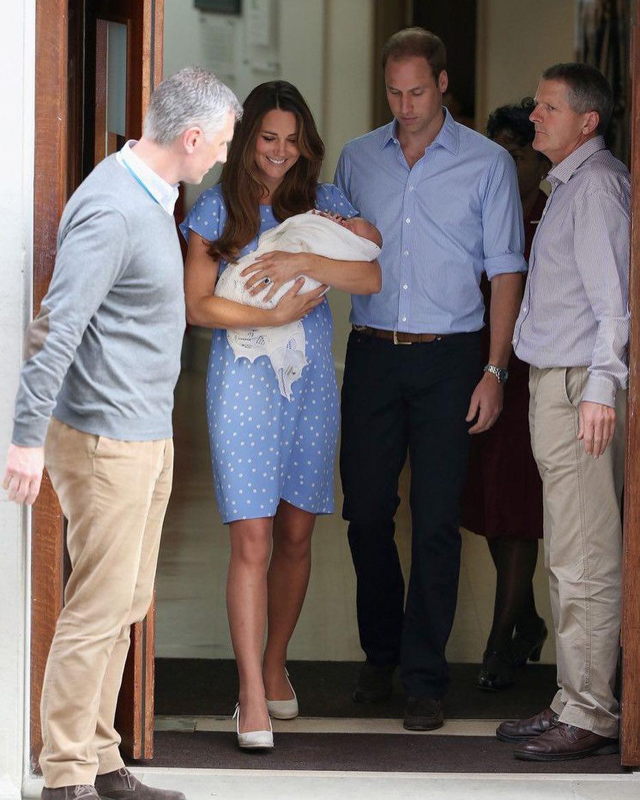 16 правил, которые должны соблюдать представительницы королевской семьи-Фото 4
