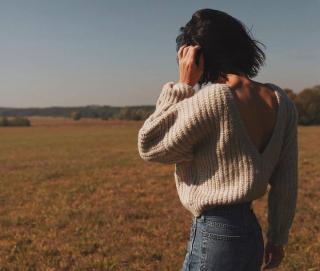 10 образов со свитерами из Instagram