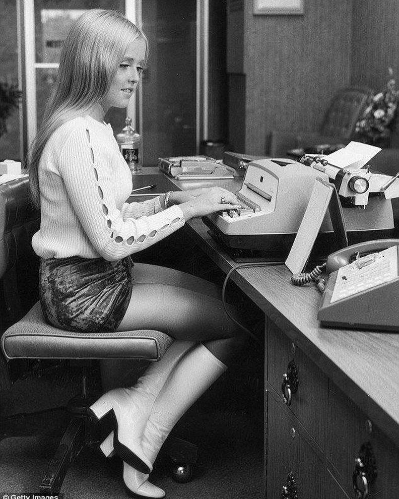 Назад в 60-е: Тренды из прошлого, которые актуальны сегодня-Фото 11