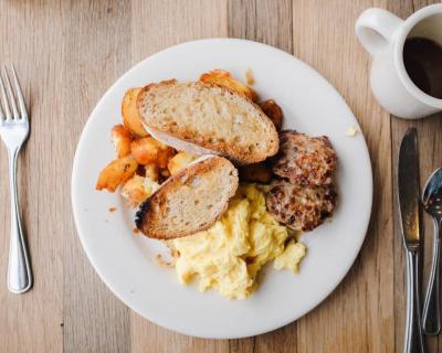 5 привычек, которые замедляют метаболизм-430x480
