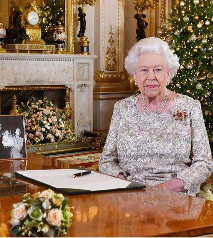Тайный смысл: Истинная причина, почему Королева Елизавета II носит одну и ту же брошь-430x480