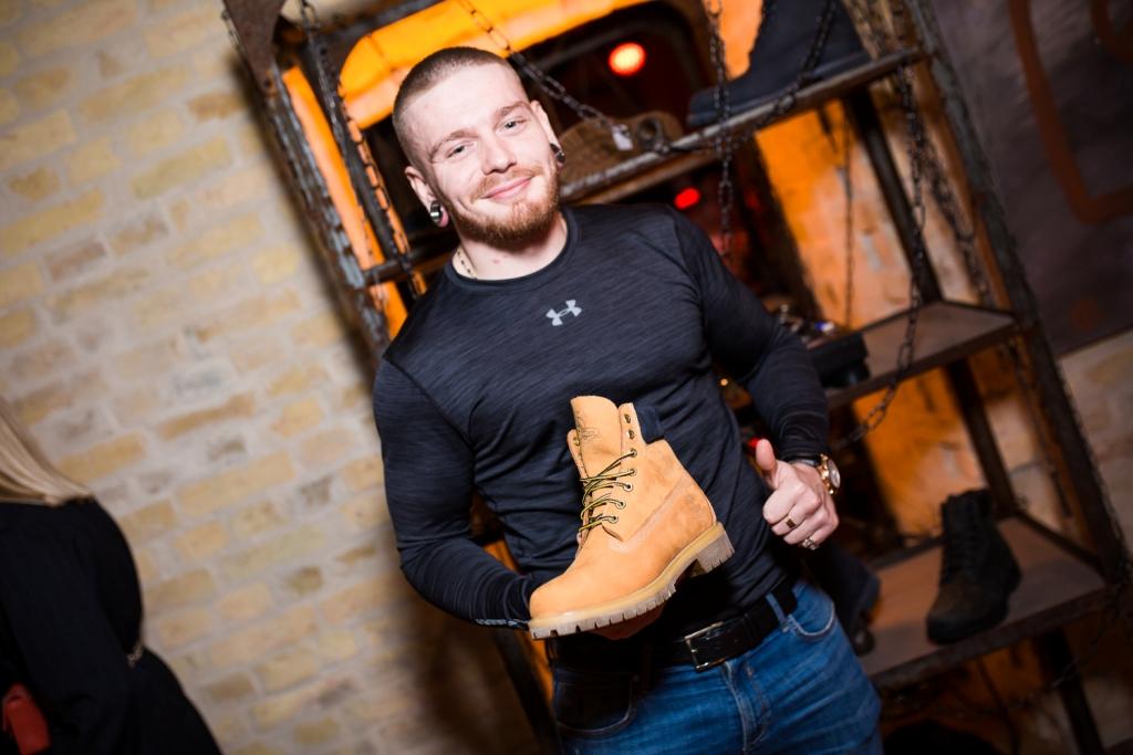 Как это было: Легендарные желтые ботинки Timberland отметили свое 45-летие-Фото 2