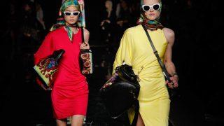 Звездные гости и именитые модели: Как проходил показ Versace в Нью-Йорке-320x180