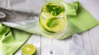 3 напитка на Новый год от Евгения Клопотенко-320x180
