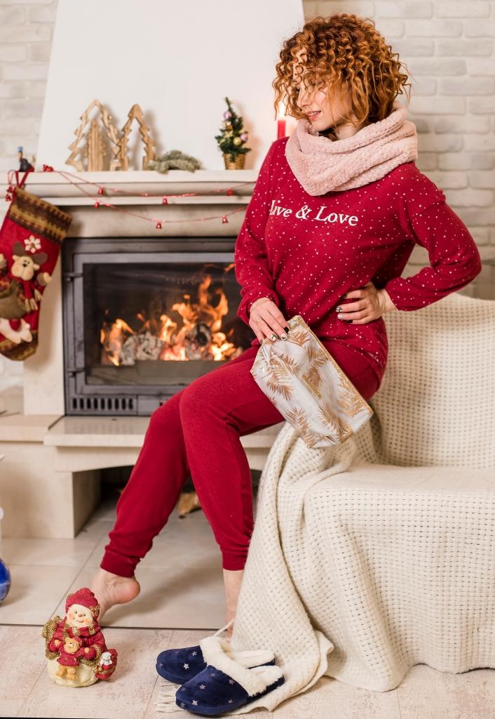 Посиделки дома: 6 стильных пижам для новогодней ночи-Фото 10