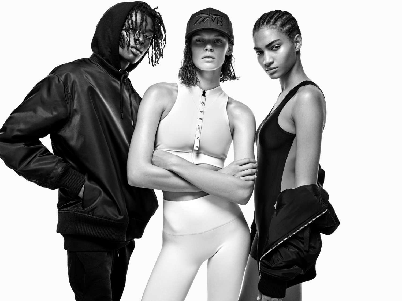 Виктория Бекхэм совместно с Reebok создала коллекцию спортивной одежды-Фото 3