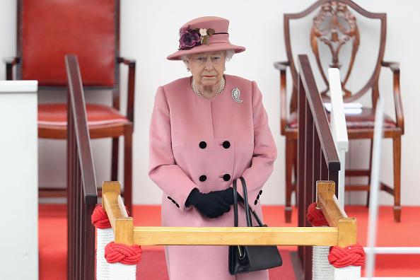 Законы, которые может нарушать королевская семья-Фото 3