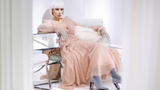Нежная нота: как и с чем сочетать платья пастельных тонов-320x180