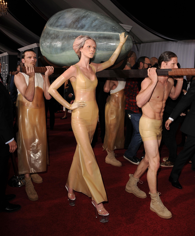 Самые странные и запоминающиеся моменты Grammy за всю историю-Фото 8