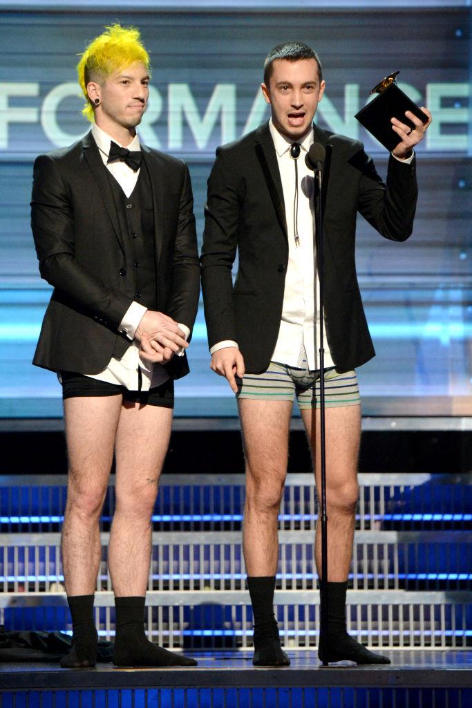 Самые странные и запоминающиеся моменты Grammy за всю историю-Фото 5
