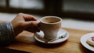 Что происходит с телом, когда вы отказываетесь от кофеина-320x180