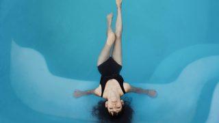 Все в бассейн: Плавание как эффективный способ похудеть-320x180